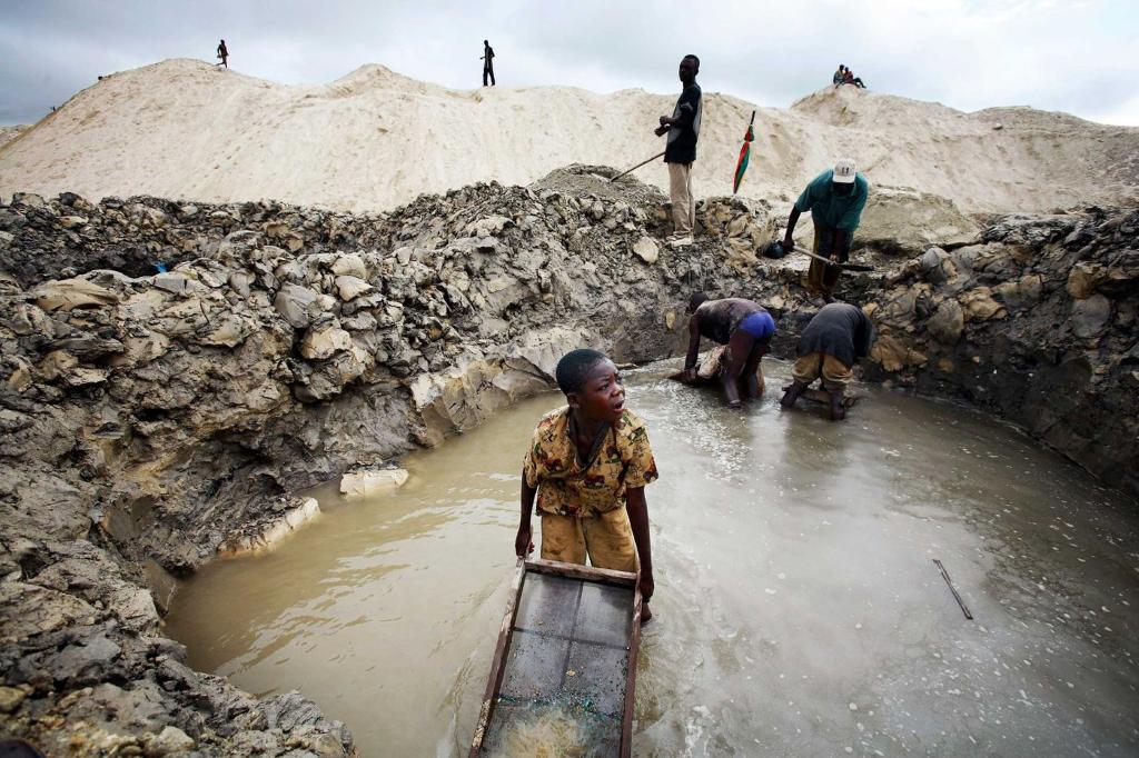 """Résultat de recherche d'images pour """"recherche du diamant  Mbuji-Mayi"""""""